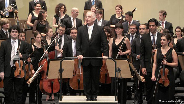 Argentinian-Israeli conductor Daniel Barenboim with the West-Eastern Divan Orchestra