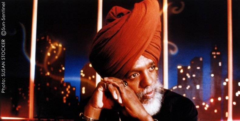 Dr. Lonnie Smith keeps playing live